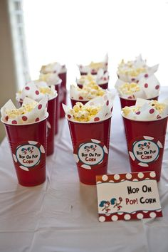 @Tammy Tarng warden --- Dr Seuss Cat in the Hat Birthday Party - i like this better than the cones :-) Baby Shower Ideas Dr Seuss, Dr Seuss Party Ideas, Dr Seuss Birthday Party, Twin Birthday, Baby First Birthday, 2nd Birthday Parties, Shower Baby, Birthday Ideas, Dr Seuss Decorations