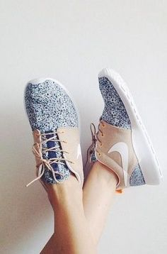 I've never seen such stylish sneakers that I mistake them for a different style of shoe. #Nike