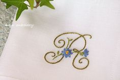Freestyle Embroidery : Monogrammed Handkerchief - Mayu Embroidery Embroidery Monogram, Silk Ribbon Embroidery, Embroidery Jewelry, Hand Embroidery, Jacobean Embroidery, Embroidery Patterns, Cross Stitching, Cross Stitch Embroidery, Stitch Witchery