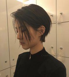 Tomboy Haircut, Short Hair Tomboy, Tomboy Hairstyles, Asian Short Hair, Girl Short Hair, Girl Hairstyles, Asian Pixie Cut, Asian Hair Medium Length, Korean Short Hairstyle