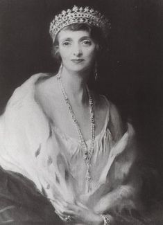 Ena's sister-in-law, Irene, Marchioness of Carisbrooke, wearing the strawberry leaf tiara