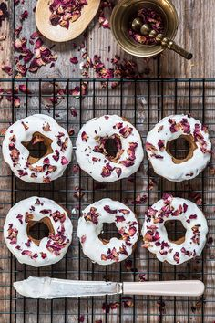 //Paleo Doughnuts//