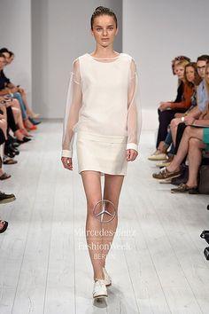 ISABELL DE HILLERIN S/S 2015 Fashion Week Berlin 2014