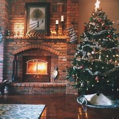 """eggnog-spice: """" christmas-always: """" It's Christmas, always! 🎁 """" Spreading Christmas love with every post! Days Until Christmas, Christmas Time Is Here, Christmas Post, Merry Little Christmas, Cozy Christmas, Christmas Pictures, All Things Christmas, Xmas, Christmas Trees"""