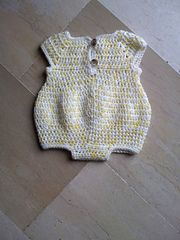 Ravelry: Newborn Romper pattern by Joanne Holt This little romper is so cute... see the pix in pink and white... just adorable!