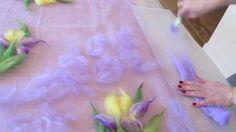Валяние палантина с ирисами. Цветы из шерсти на шелке. Making wool flowe...