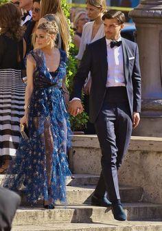 Love this star gown! Olivia Palermo 'La Traviata' Premiere in Rome Estilo Olivia Palermo, Olivia Palermo Outfit, Olivia Palermo Lookbook, Olivia Palermo Style, Olivia Palermo Wedding, Fashion Couple, Diva Fashion, Look Fashion, Paris Fashion