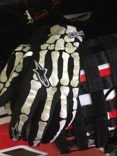 88  Dale Jr's gloves