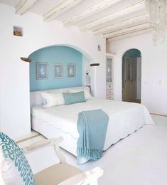 Ocean Bedroom Theme – Bring the Charm of the Ocean Home with You