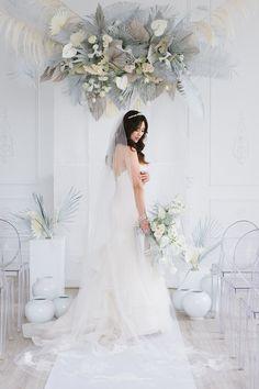 Modern + Lux White Wedding Editorial Inspired by Korean Fashion Palm Wedding, Phuket Wedding, Wedding Ceremony, Wedding Beach, Boho Wedding, Zombie Prom Queen Costume, Elegant Bride, Elegant Wedding, Diy Wedding Decorations