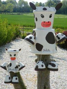 Création de personnages en pot : maman vache et son bébé veau
