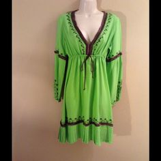 Moda Int'l Green & Brown Dress (Worn Once) Moda International green and brown dress from Victoria's Secret. The detail on this dress as you can see is very pretty. Waste is adjustable when you tie it. I'm almost 5'7 and it reaches a little over mid thigh. Wear it with casual high heals or wedges. 100% Rayon. Although you can wash it separately as the tag says, I took it to the dry cleaners. The same dress is also available in blue and white in my closet (Worn Once). Moda International…