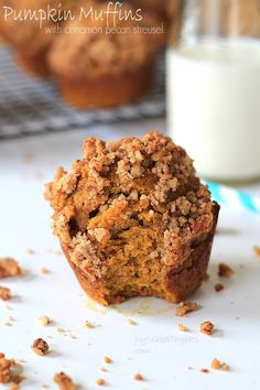 On the go breakfast, Pumpkin Muffins with Cinnamon Pecan Streusel | www.joyfulhealthyeats.com #fallrecipes #pumpkin SUB GF flour