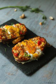 gezonde gevulde zoete aardappel uit de oven met ei en dille | It's a Food Life