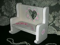ROCKER BENCH WITH PINK ROSES. roses and leaves painted with acrylics. roses and romance. MADE OF WOOD.