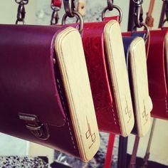 Sacs Strict Minimum Damien Béal  www.laboutiquedamienbeal.com  #damienbeal #sac #bois #cuir #madeinfrance #création #artisanat  #jamaissansmondamienbeal #versailles #bagfashion #bag #wood #leather #fashion #craft #creation #handcraft #lifestyle #frenchstyle #handmade #handmadebag #casual #smart #trendy #france #leathercraft #maroquinerie #picoftheday