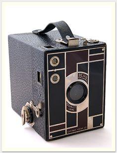 London England, Box Camera, Vintage Cameras, Nikon, Lens, Diy, Candy, Pictures, Photography