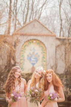 bohemian bridesmaids // photo by Peter and Veronika