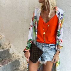 Resort Wear, Dress Codes, Summer Wardrobe, Kimono Top, Bell Sleeve Top, Bohemian, Louis Vuitton, Street Style, Shorts