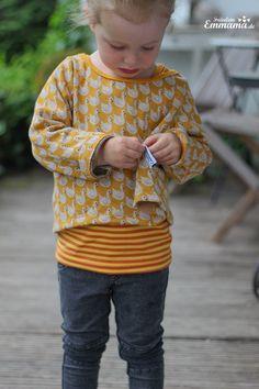 Design: Swan lake, Design by BORA (shop.by-bora.com) Photo: Emmama  #gots #organic #fabric #lillestoff #designbybora #fabricdesign #kidsclothes #sewing
