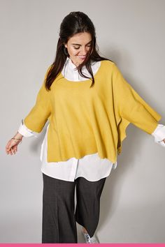 Bell Sleeves, Bell Sleeve Top, Tunic Tops, Shorts, Women, Fashion, Scale Model, Moda, Fashion Styles