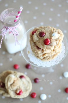 Red Velvet M&M Cookies, such a yummy recipe! Perfect for Valentine's Day!