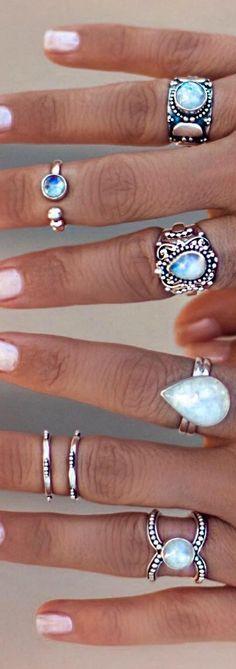 moonstone jewellery, moonstone rings, silver jewelry, boho jewelry, moonstone #moonstone #moonstonejewelry #moonstonerings