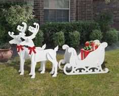 Medium Elegant Reindeer and Sleigh Display – christmas decorations Outside Christmas Decorations, Christmas Lights Outside, Hanging Christmas Lights, Christmas Yard Art, Christmas Wood, Christmas Projects, Holiday Crafts, Christmas Ornaments, Holiday Decor