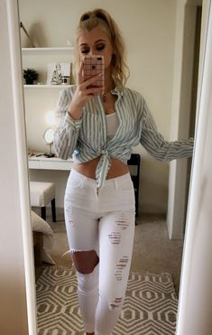 I Am waiting for you Loren Gray. Outfits For Teens, Casual Outfits, Summer Outfits, Cute Outfits, Fashion Outfits, Loren Grau, Grey Fashion, Womens Fashion, Fashion Fashion