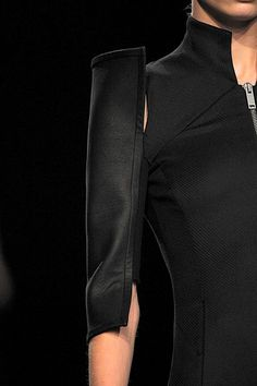 Disjointed Sleeve - fashion design detail // Gareth Pugh SS12