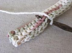 crocheted hot pad, must try this stitch, makes a nice thick fabric.
