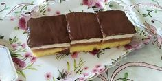 Jablkovo-tvarohový obrátený koláč (fotorecept) - recept | Varecha.sk Tiramisu, Treats, Ethnic Recipes, Sweet, Basket, Sweet Like Candy, Candy, Goodies, Sweets