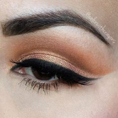 Love @colorwithcrayons soft cut crease! She's wearing BLURR + UNSEEN in the crease and AMELIE on the lid ❤️#meltcosmetics #meltlovesick #meltdarkmatter