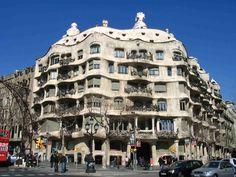 La Pedrera Barcelona viajes y turismo