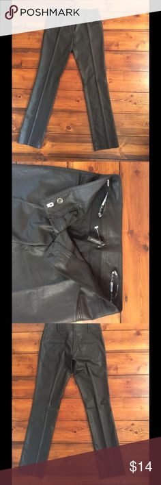 """TOPSHOP wet look dress pants SALE Never worn, these London TOPSHOP pants are super smart with heels or your Converse sneakers. Low rise Waist measures 30"""", length 31.5"""" and rise 7"""" Topshop Pants Straight Leg"""