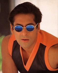 Salman Khan Photo, Mirrored Sunglasses, Mens Sunglasses, Atif Aslam, Boys Dpz, Handsome, Big Big, Fan, Photos
