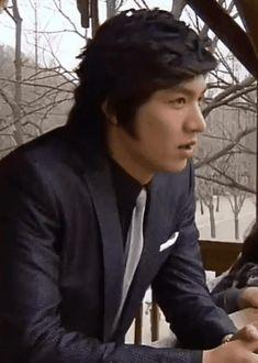 Lee Min Ho Boys Over Flowers, Korean Drama Funny, Flowers Gif, Korean Dramas, Minho, Fandoms, Beautiful, Growing Plants, Korean Actors