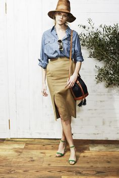 Ron Herman Women _ 2014   SS  shirt ¥27,000 skirt ¥46,000 bag ¥120,000 sandals ¥93,000