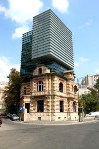 A surprising building in Bucharest: Paucescu's House, a mix of old and new - Before After DIY Architecture Design, Amazing Architecture, Conservation Architecture, Building Renovation, Old Buildings, Old And New, Villa, House Styles, Bucharest Romania