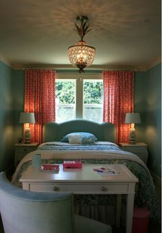 Small bedroom setup.