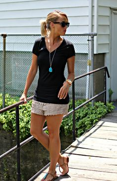 Soo Me.nice and casual-Crochet Shorts & Black Tee: 2 Ways Casual Shorts Outfit, Summer Shorts Outfits, Spring Outfits, Casual Outfits, Outfit Summer, Summer Clothes, Summer Outfits Women Over 40, Black Tees, Black Blazers