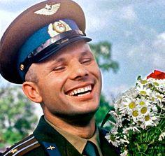 """""""Подобного ликования Москва еще не знала"""". Кортеж с Гагариным и Хрущевым..."""
