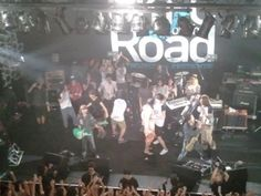 [Champagne]2011/8/19 ツアーファイナルで出演者全員でのダバダバ /「UKFC on the Road」@福岡 DRUM LOGOS Drums Logo, Champagne, Concert, Logos, Logo, A Logo, Concerts