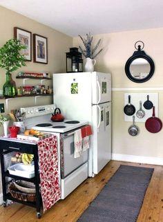 Small Apartment Organization, Small Apartment Kitchen, Small Apartment Decorating, Apartment Design, Apartment Therapy, Organization Ideas, Apartment Bar, Budget Decorating, Apartment Ideas