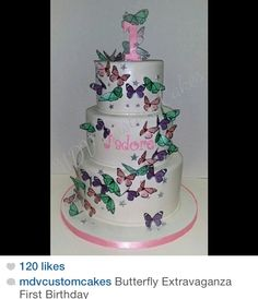 Butterfly babyshower cake