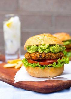 Green Chili and Sweet Potato Veggie Burgers #sweetpotato #veggie #burgers