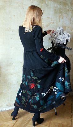 """Платья ручной работы. Платье черное """"Лесная калина-рябина"""". Alena Barabulka. Ярмарка Мастеров. Барабулька, Вышивка лентами, Рябина"""