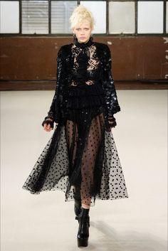 ventura-fashion: RTW Autumn - Winter 2016/2017
