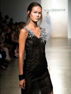 Bradley Rothenberg Brings Unique 3D Printed Textiles to NY Fashion Week http://3dprint.com/14951/rothenberg-3d-print-fashion/