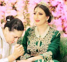 Moroccan Bride Moroccan Caftan Moroccan wedding Mashaa'ALLAH Moroccan Beauty @negafa_dar_benjelloun #moroccan #wedding #planner